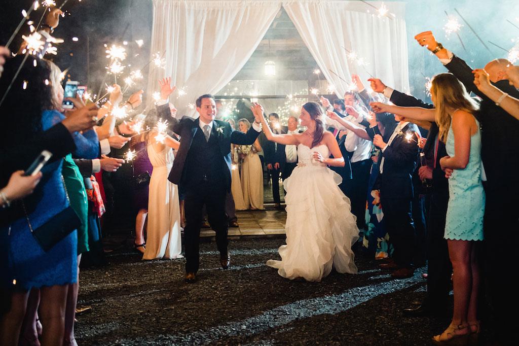 11-15-16-bluemont-vineyard-standing-ceremony-wedding-11-15-16-bluemont-vineyard-standing-ceremony-wedding-17