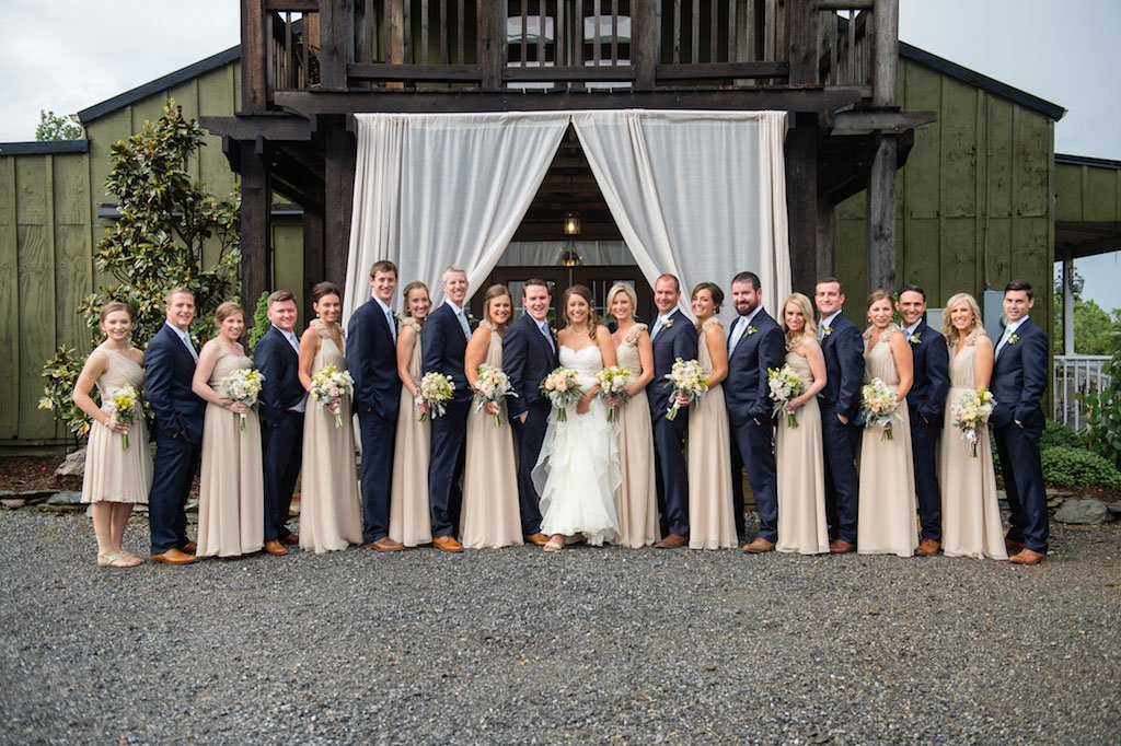 11-15-16-bluemont-vineyard-standing-ceremony-wedding-7
