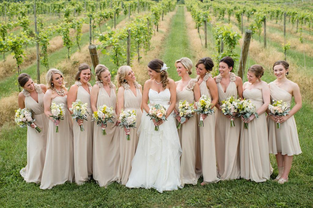 11-15-16-bluemont-vineyard-standing-ceremony-wedding-9