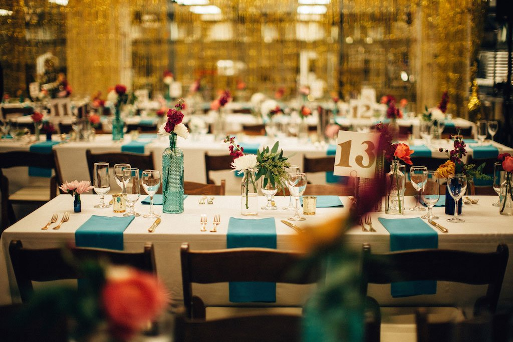 11-3-16-union-kitchen-cool-flower-wall-wedding-18