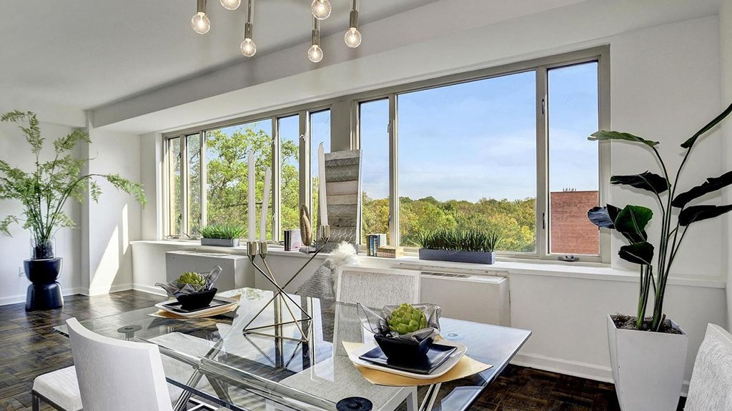 Under 500k: Light-filled Apartment Near American University