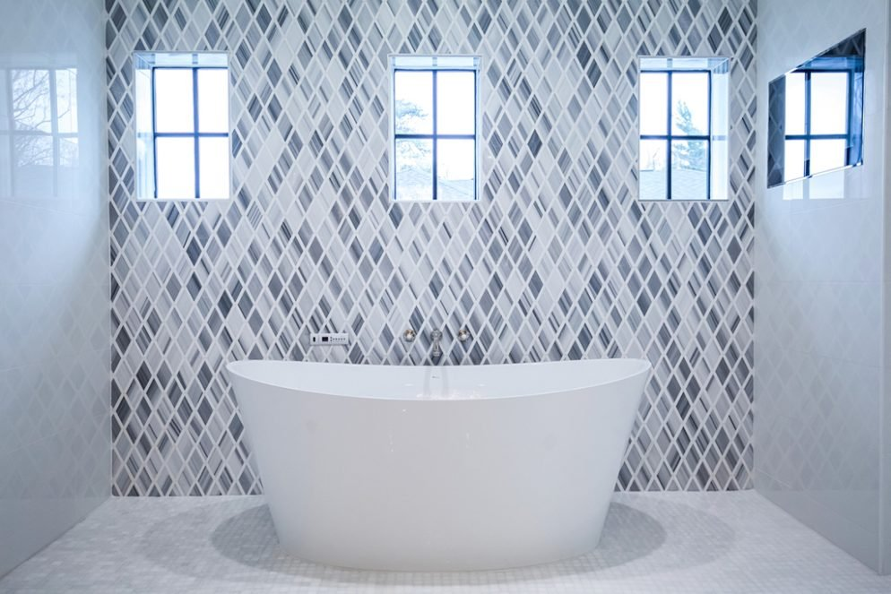 13 Tile Tips For Better Bathroom Tile: Five Tips For Choosing The Perfect Bathroom Tile