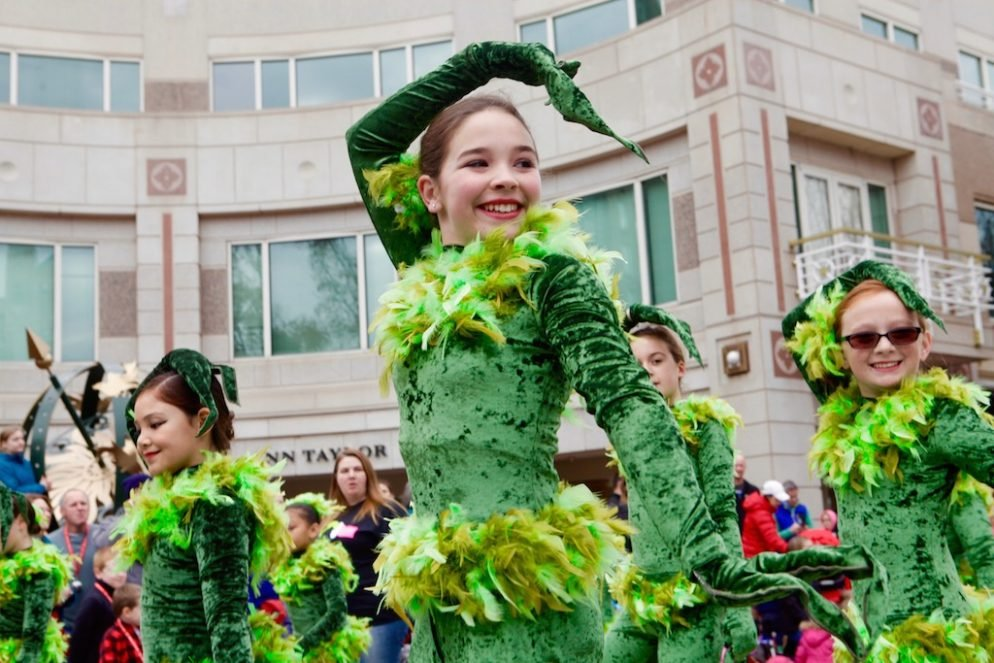 Photos: Reston's Holiday Parade Will Make Your Season Bright