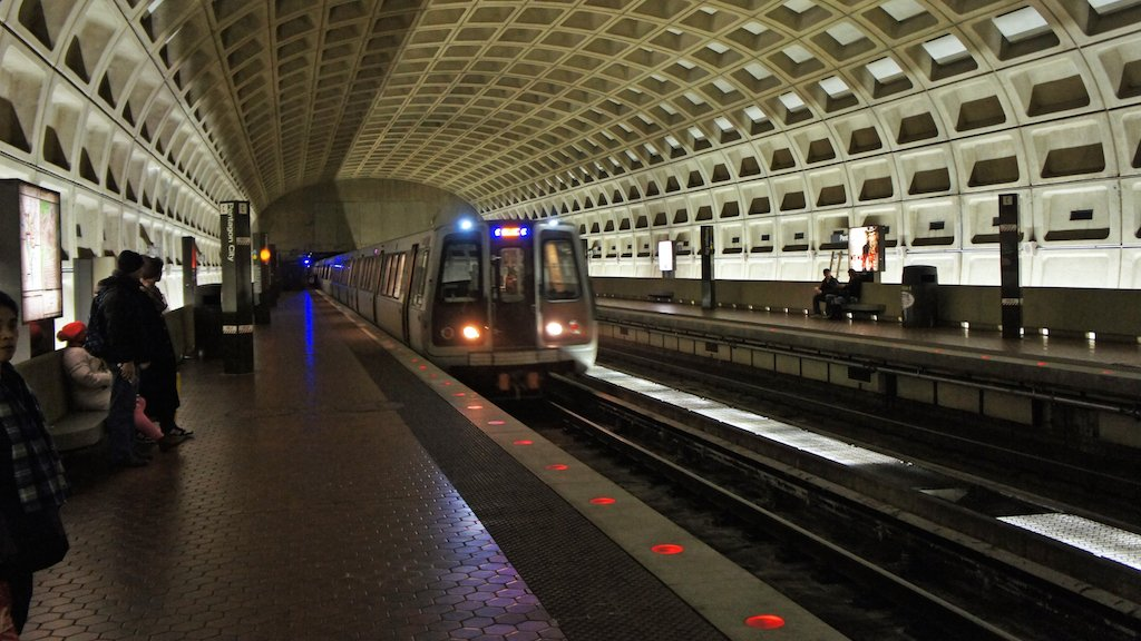 A Prolonged Government Shutdown Will Be Bad for Metro