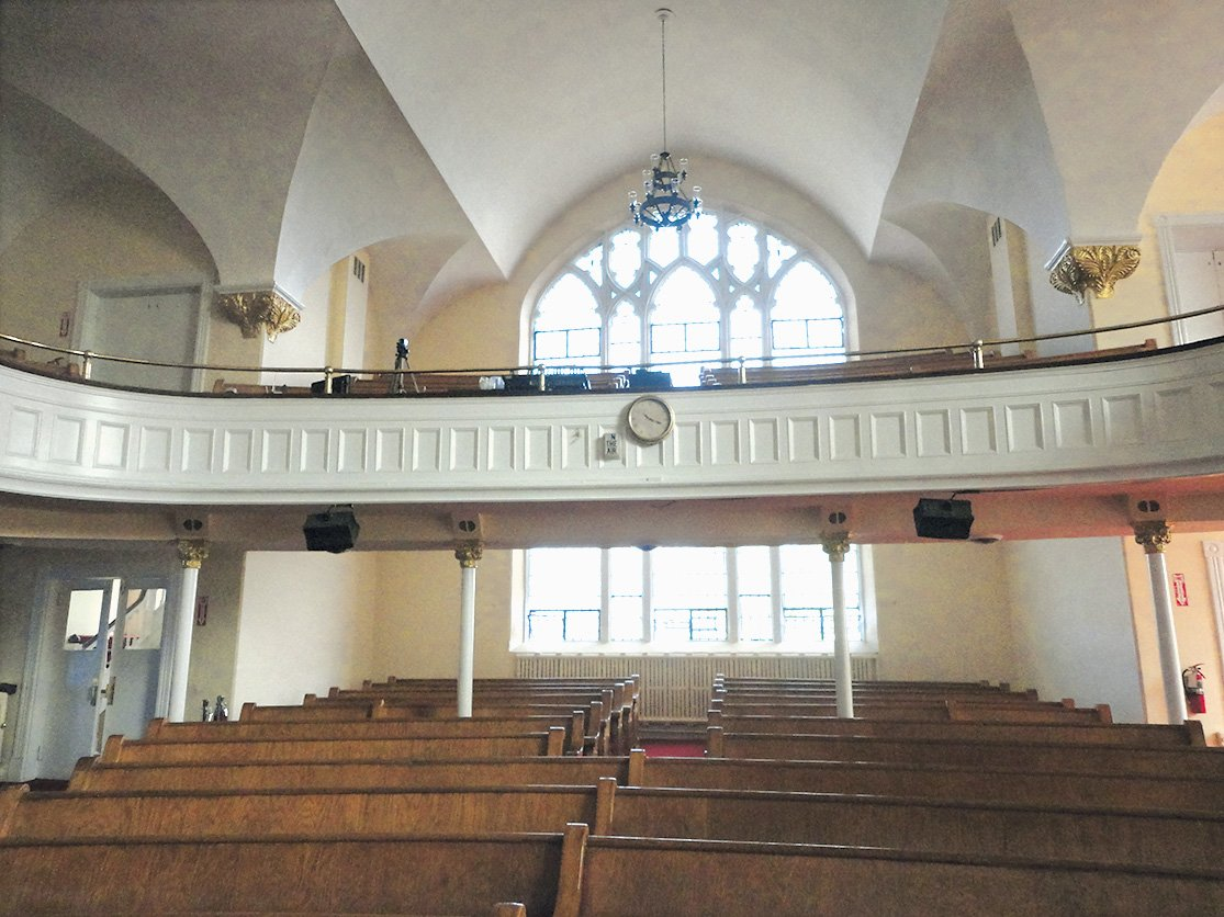 Old Testament: The nave before it was transformed into the penthouse. Note the chandelier in the same spot where it still hangs. Photograph Courtesy of Bonstra Haresign Architects