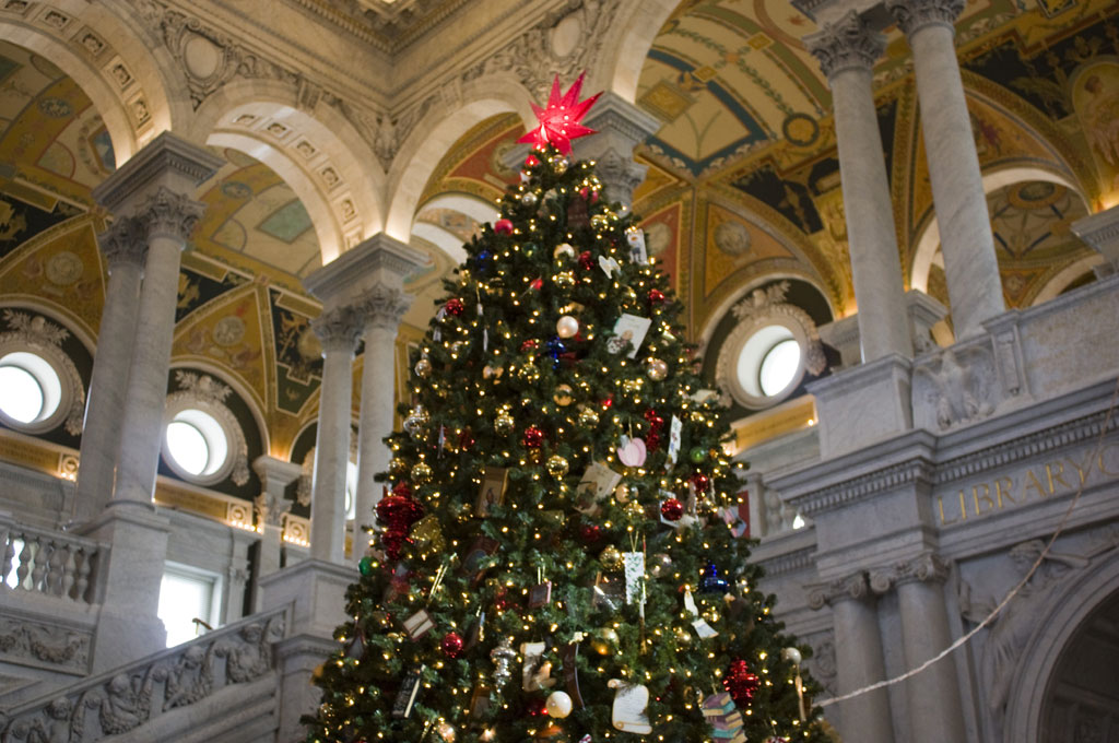 12-7-16-library-of-congress-christmas-tree