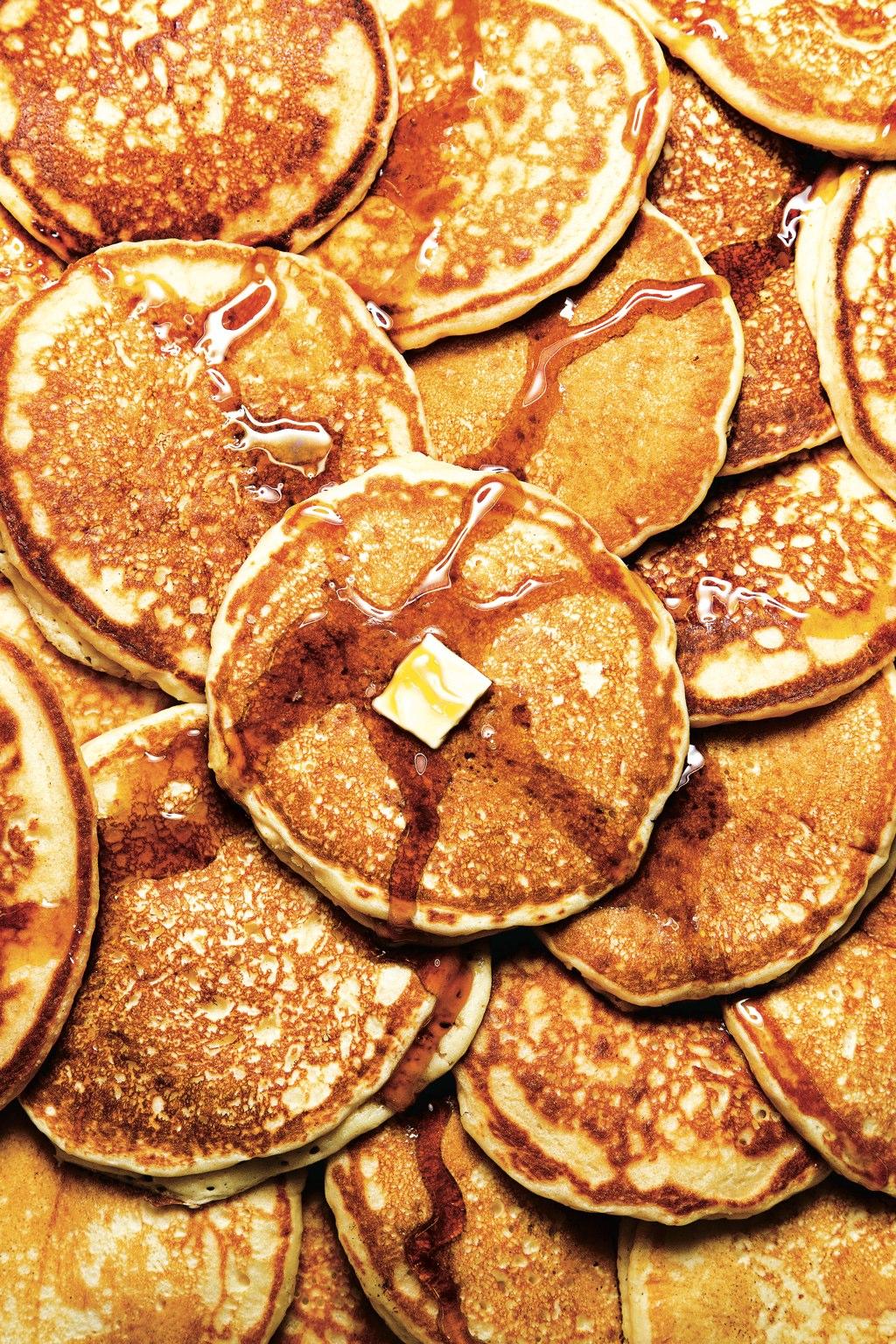 scott-suchman-breakfast-pancakes