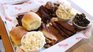 DCity Smokehouse Is Back—With Booze and Elbow Room