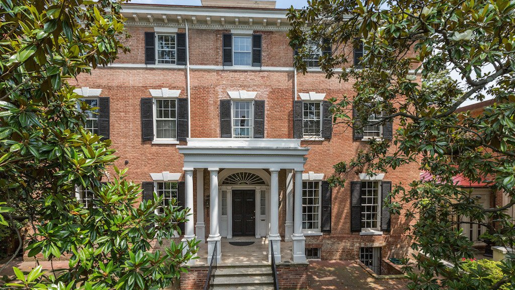 The Price of Jackie Kennedy's Georgetown House Has Been Reduced—Again