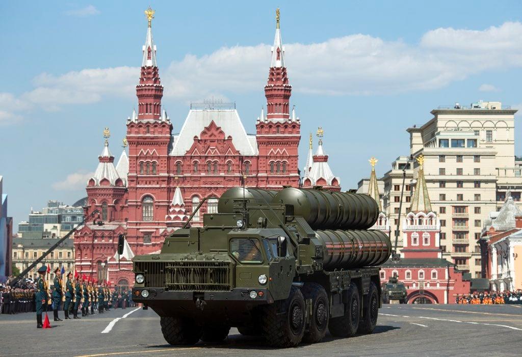 russia-military-parade.jpg.optimal.jpg