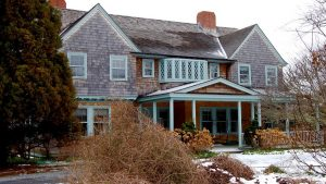 Sally Quinn Puts Grey Gardens Up for Sale