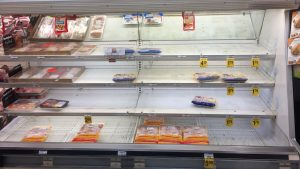 Behold the Long Lines and Empty Shelves of DC-Area Supermarkets Before the Snowstorm