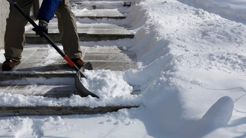 Snow Shovel Tips