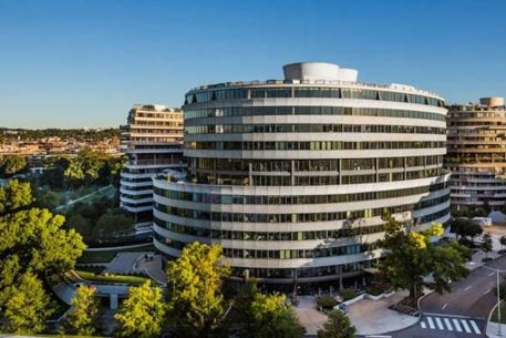 David Bradley Is Selling This Watergate Building