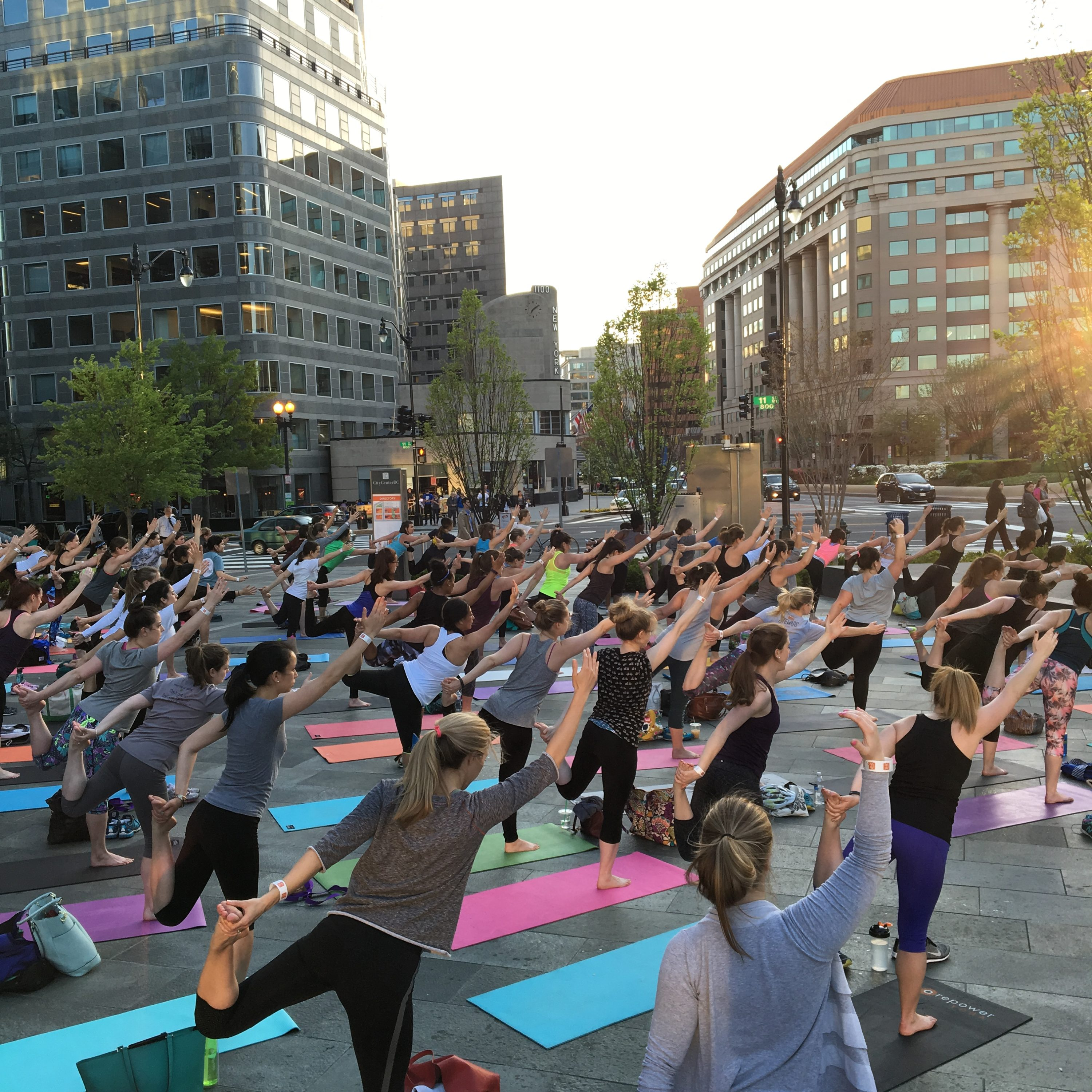 Citycenter: Free Outdoor Yoga At CityCenterDC Is Back