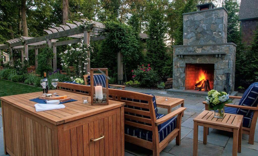 Backyard Deck Garden