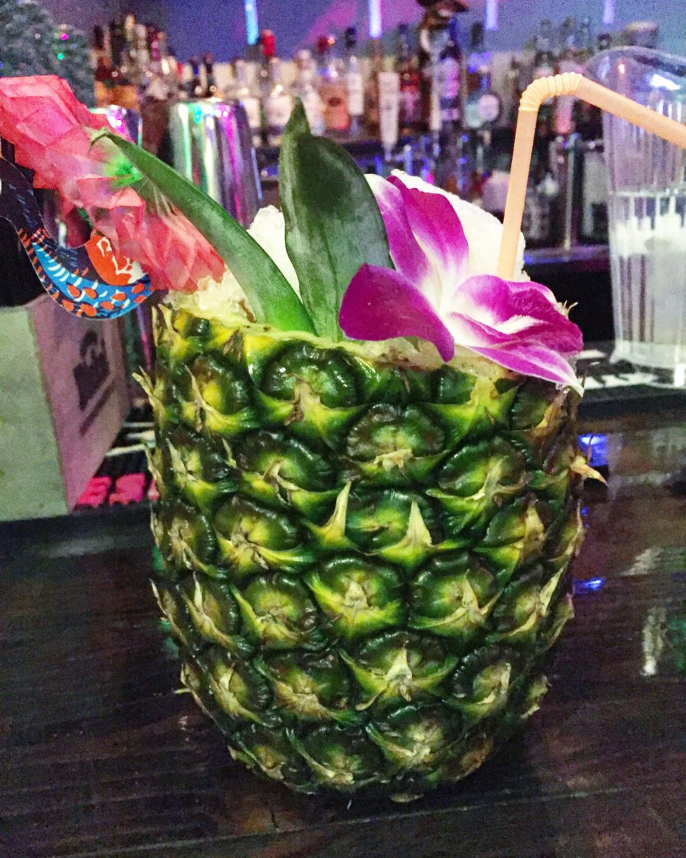 Tiki Bar Hogo Returns With Hawaiian Diner Food and Cocktails in Pineapples