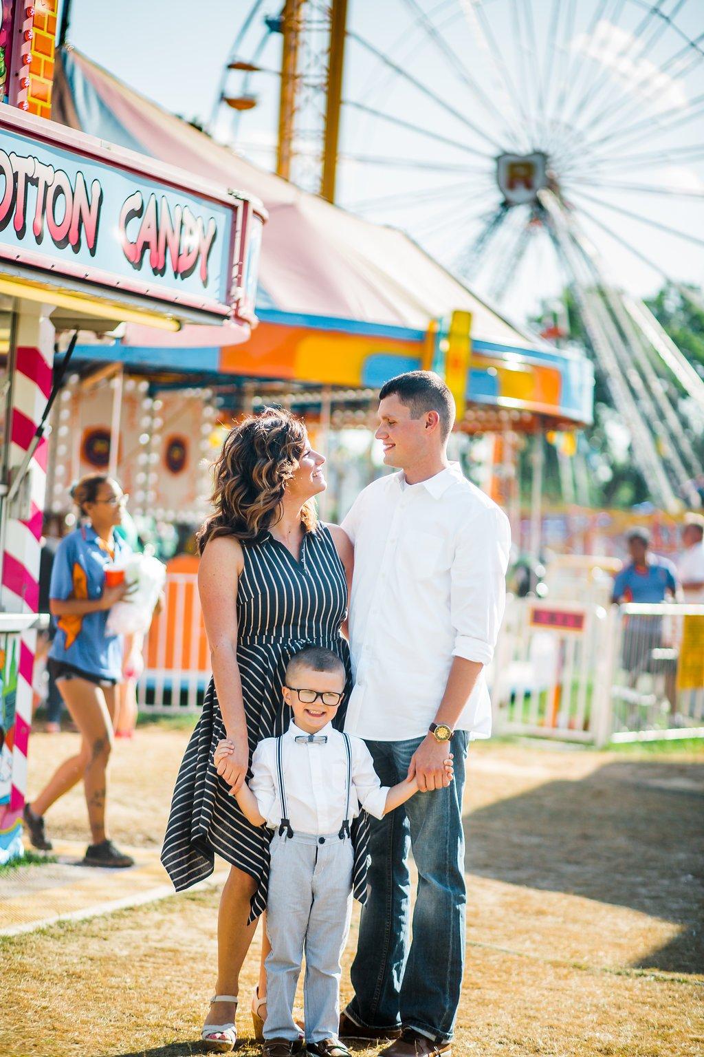 Carnival Engagement Photos Boonsboro Maryland A Natural Portayal Photography Lauren King Fun Engagement Shoot Idea
