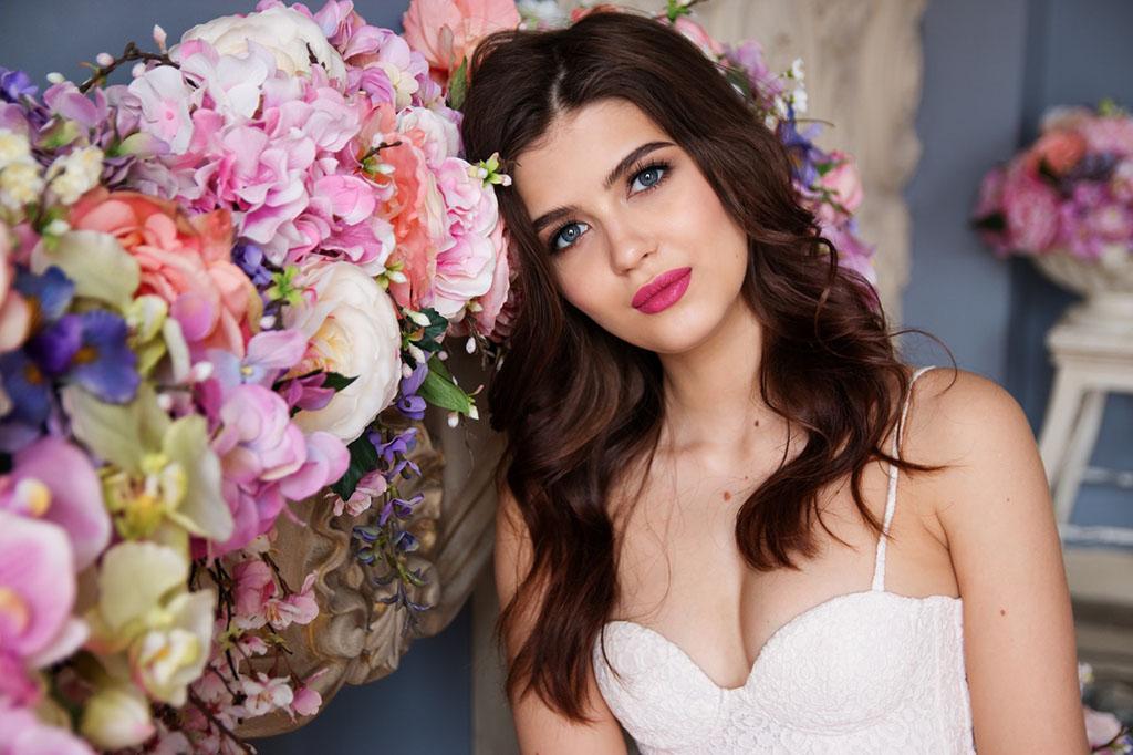 Wedding Beauty Trends for Summer Event Season