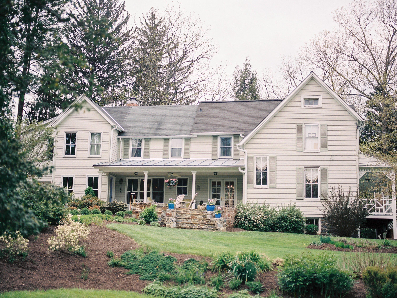 Mt. Washington Mill Dye House Elizabeth McAvoy Eric Gabriel Baltimore Renee Hollingshead Secret Garden Storybook Wedding