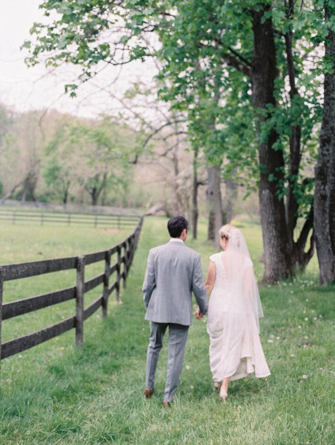 Liz McAvoy + John Gabriel Linen Mills House Wedding | Renee Hollingshead299