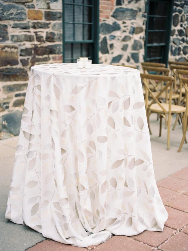 Liz McAvoy + John Gabriel Linen Mills House Wedding | Renee Hollingshead465
