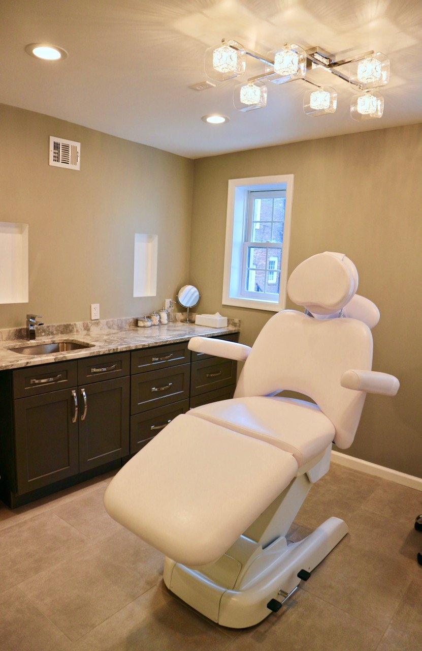 At Georgetown's New Spa, You Can Get a $350 Gold Facial Like