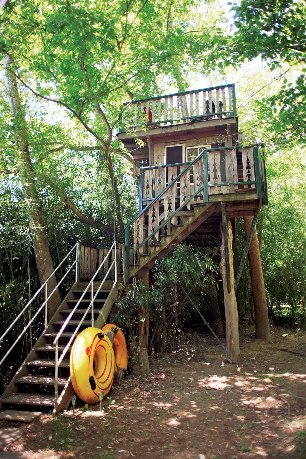 Sanctuary Tree House. Photograph by R.T. Armstrong Photography.