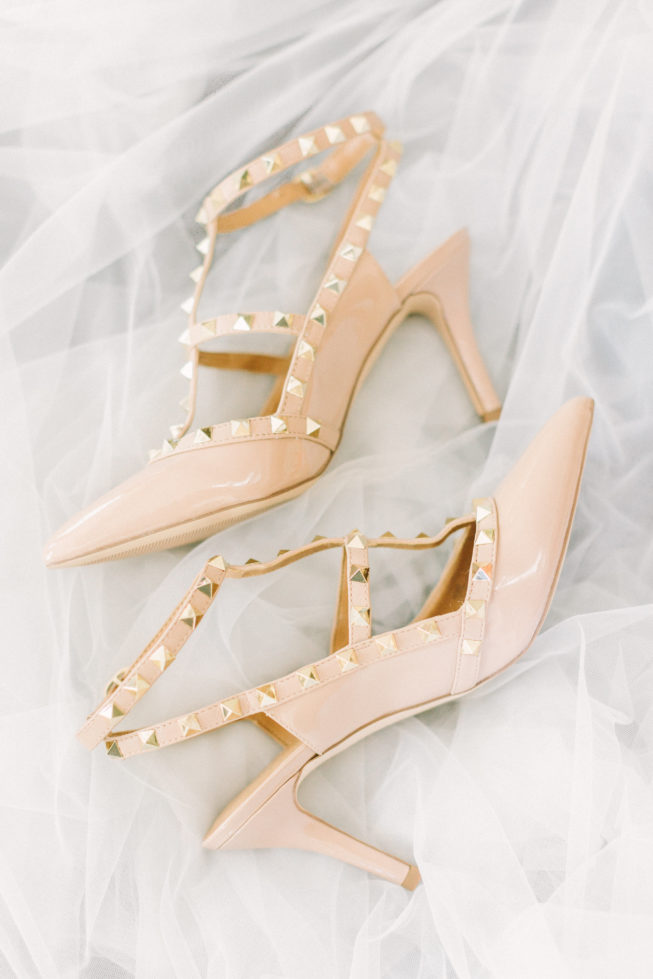 View More: http://meganchasephotography.pass.us/simmons-wedding
