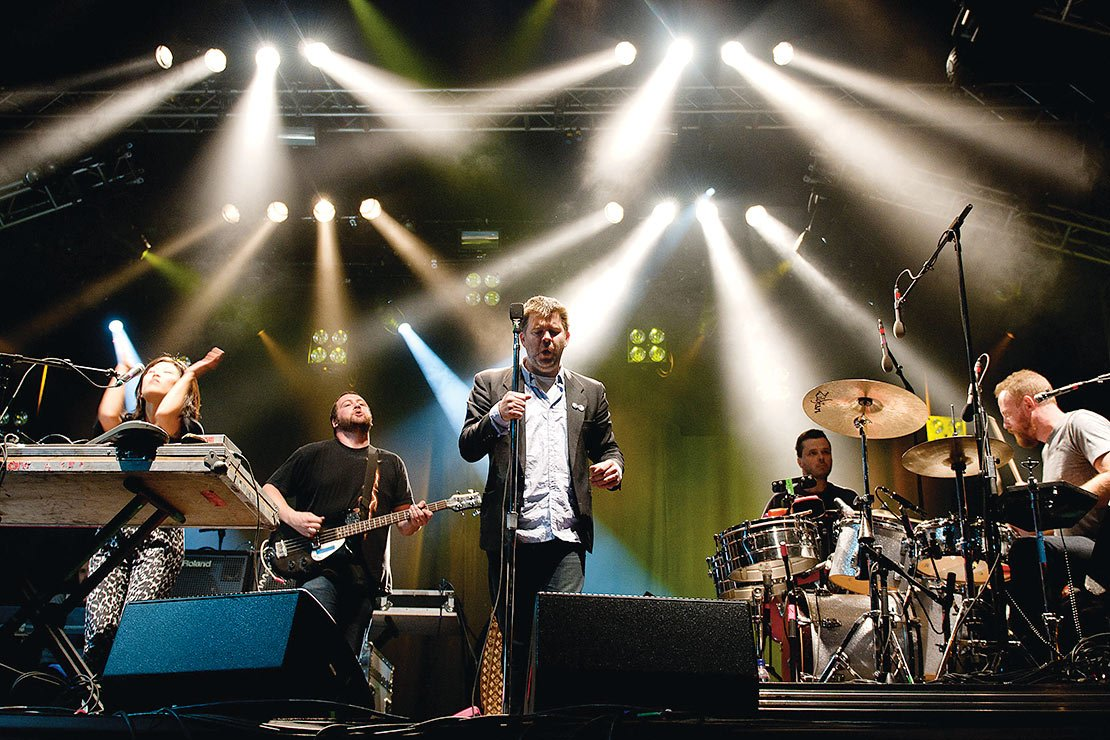 Photograph of LCD Soundsystem by Wenn/Alamy.