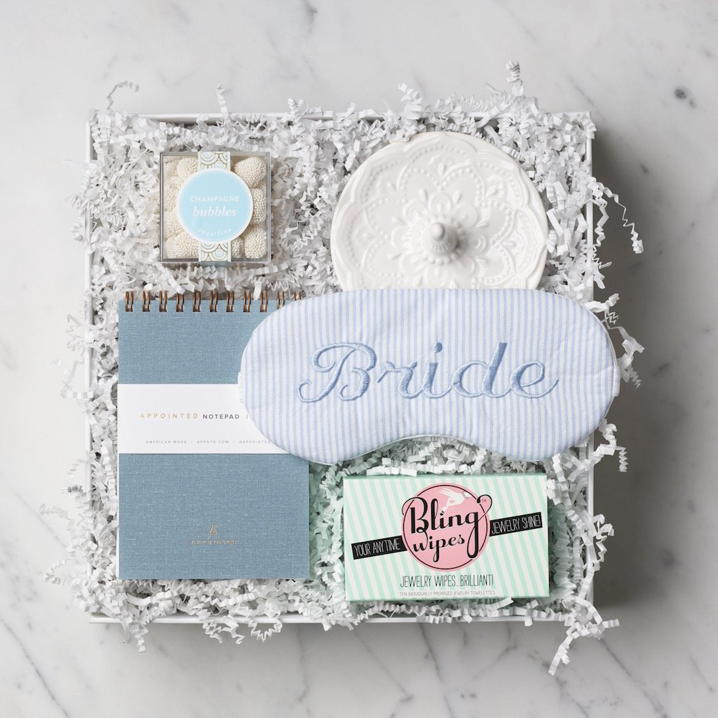These Customizable Gift Boxes Are The Easiest Way To Look Like An