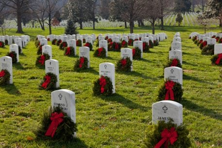 Volunteer to Place Wreaths in Arlington National Cemetery This December