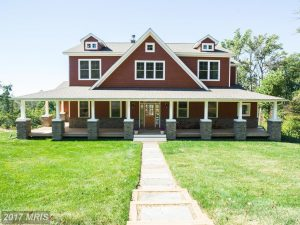 This Shenandoah Home Is What Dreams Are Made Of
