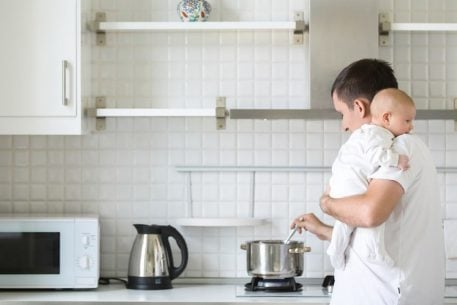 This Chef's Make-Ahead-of-Time Dinner Tips and Recipes Will Make New Parenthood Less Stressful