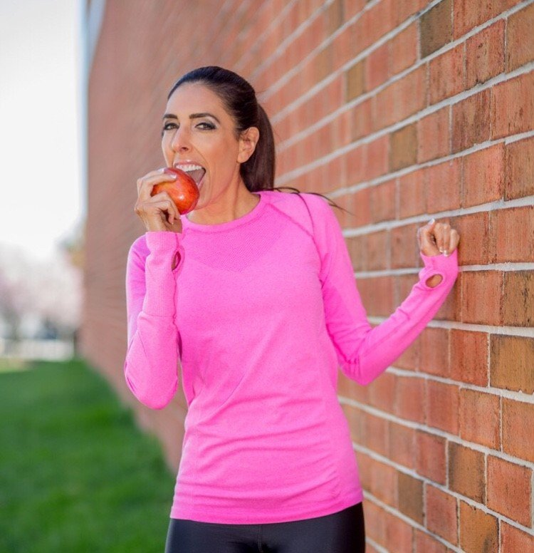 Crustless Apple Pie, Stuffing, and the 15-Bite Rule: How a Personal Trainer Eats During the Holidays
