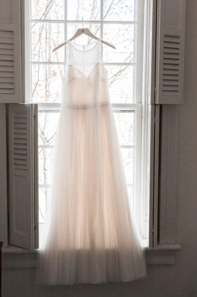 A Snowy Old Town Alexandria Virginia Wedding | Virtue Feed & Grain | Alexandria Virginia