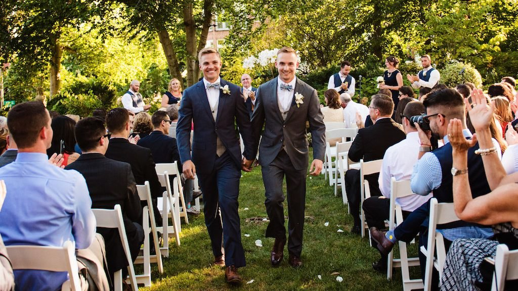This Couple's Meridian House Reception Included a Burrata Bar and One Epic Dance Party