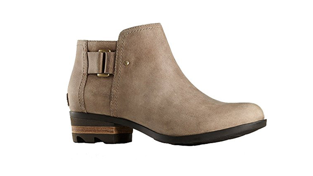 16 Pairs of Weatherproof Shoes That Are So Much Cuter than Your Oversize Galoshes images 15