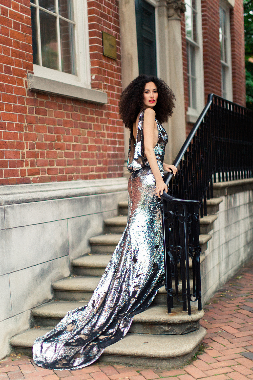 Laura Arana-Castillo Victor Salinas-Furio recreate favorite dates in Old Town Alexandria spring anniversary shoot