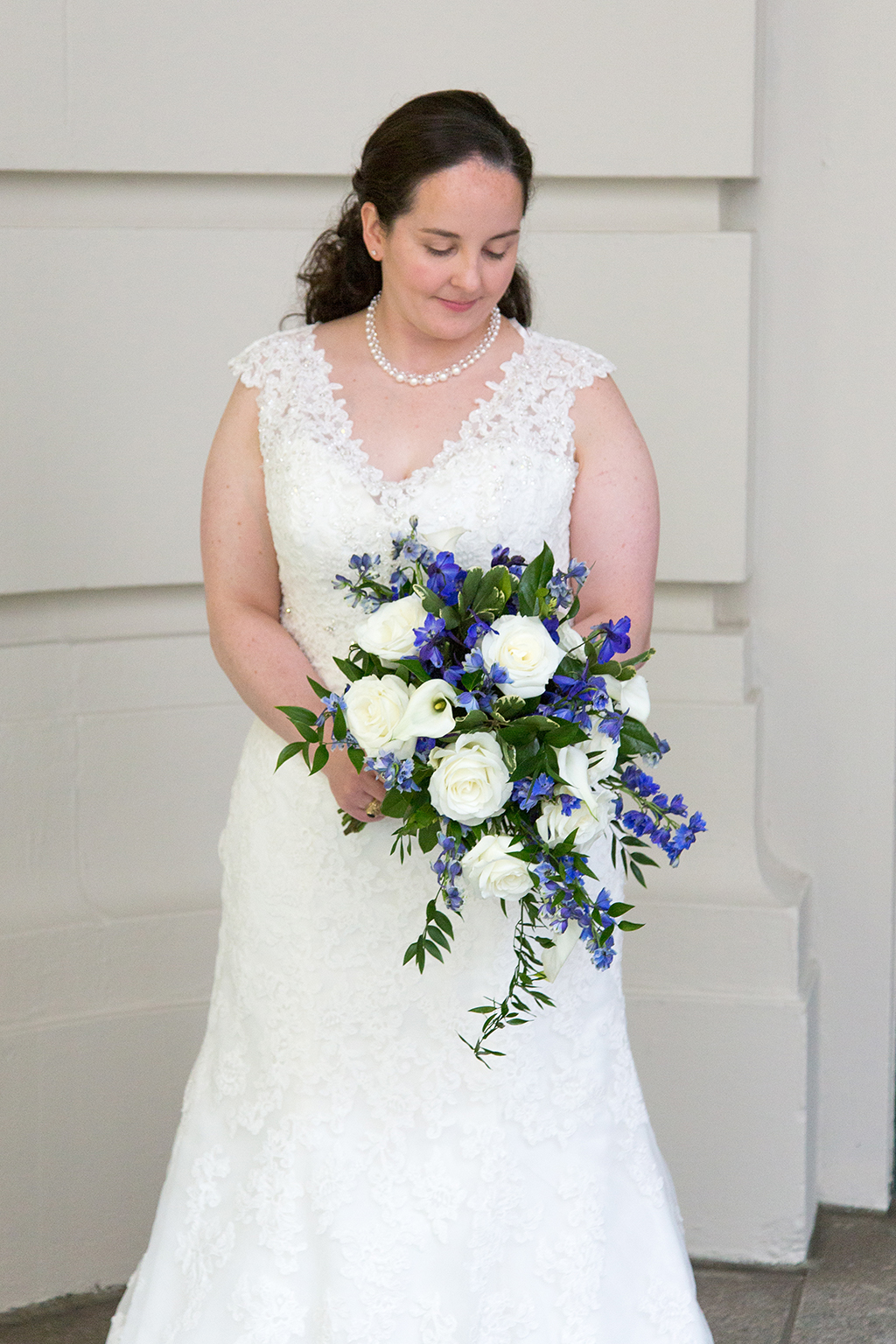 This Naval Officer Bride Unwittingly Smuggled Her Own Engagement Ring Overseas to Her Air Force Officer Groom images 9