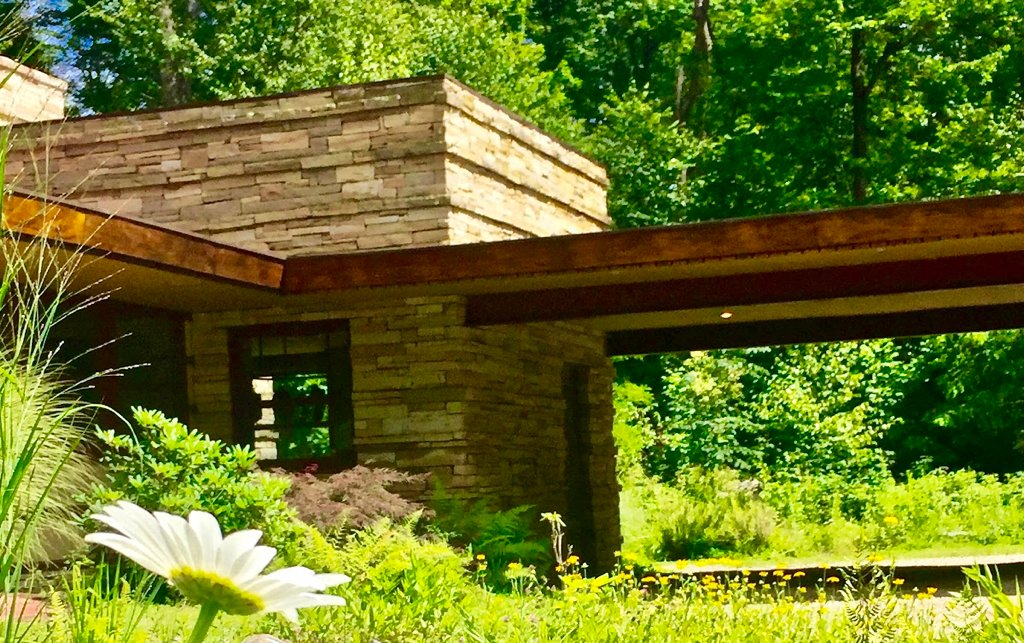 Weekend getaways from DC: Frank Lloyd Wright's Duncan House.