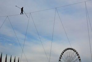 PHOTOS: Nik Wallenda Walks Across a Wire at National Harbor