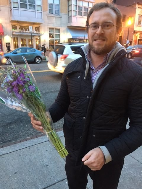 Here Are the Flowers People Bought at Whole Foods on Valentine's Day images 7