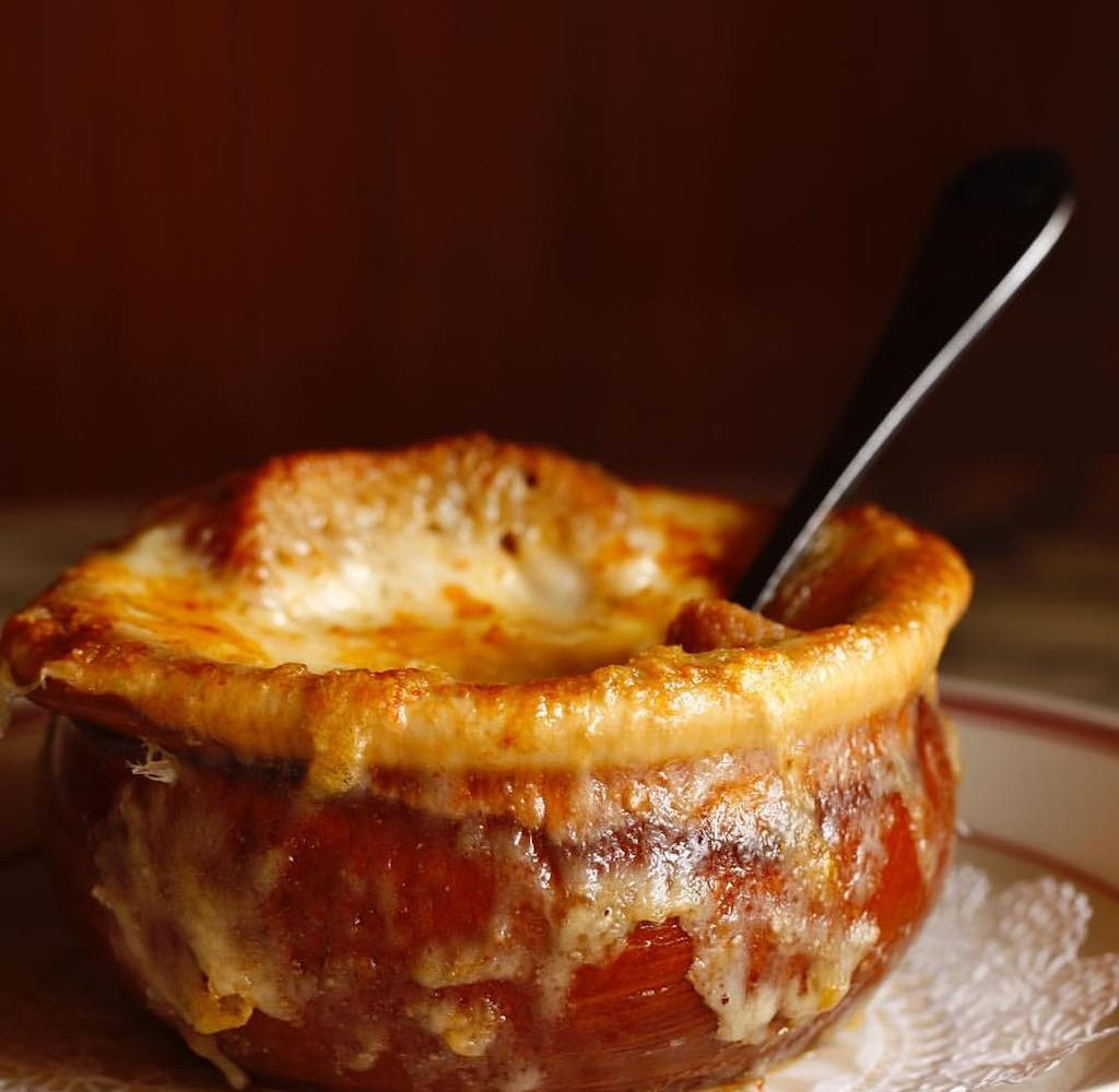 French onion soup DC, Le Diplomate
