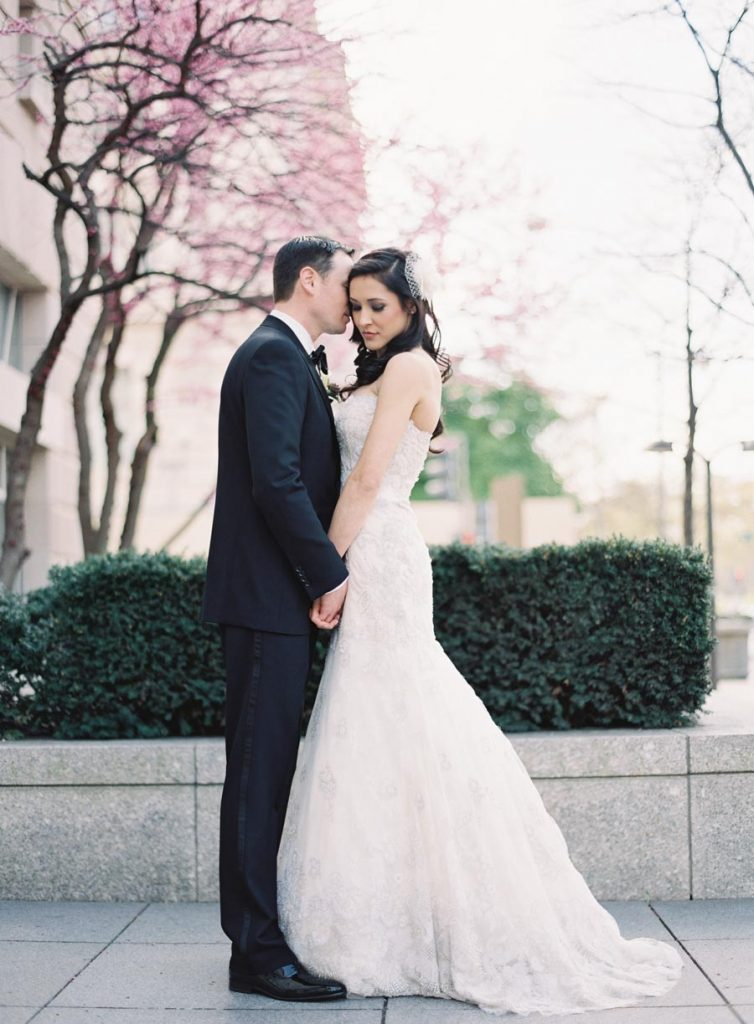 This Black-and-White Wedding Was the Perfect Blend of Vintage and Modern images 23
