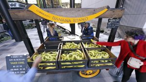 Why You Got That Free Banana at the NoMa Metro This Morning