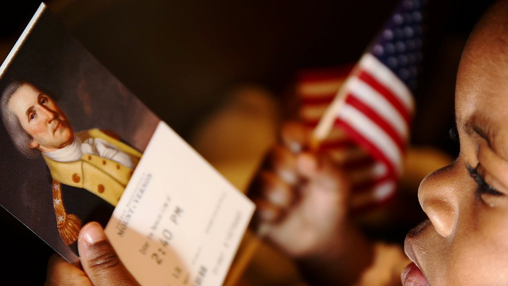 PHOTOS: Celebrating George Washington's Birthday With A Citizenship Ceremony at Mount Vernon