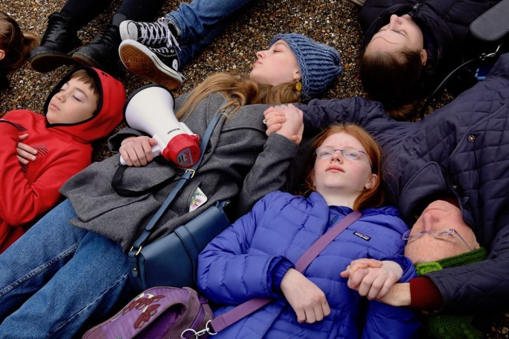 "PHOTOS: Students Stage ""Lie-In"" by White House to Protest Gun Laws"