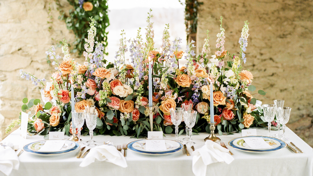 One Local Planner Shares Her Tips for Setting the Perfect Spring Table