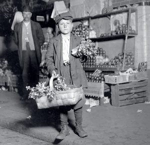 Photograph by Lewis W. Hine/Buyenlarge/Getty Images.